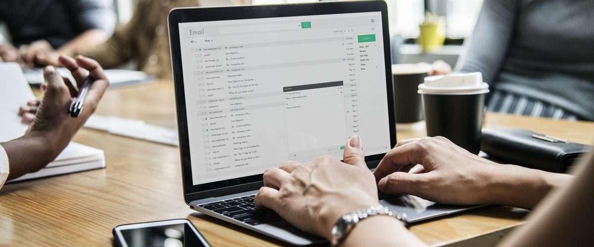 Wskazówki dotyczące tego jak bezpiecznie korzystać z e-maila
