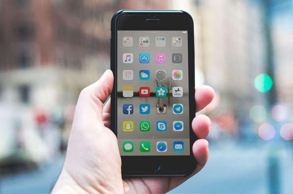 Aplikacja mobilna - czym sięcharakteryzuje?